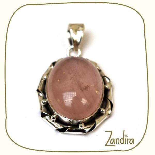 Pendentif oval de quartz rose et argent