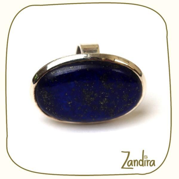 Grosse pierre de lapis lazuli